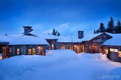 This gorgeous rustic mountain retreat has been designed by KA Architecture in collaboration with Haven Interior Design, located in Big Sky, Montana. Montana Ranch, Cabin House Plans, Brooklyn Brownstone, Mountain Homes, Mountain View, Big Sky, The Ranch, Lake View, Rustic Design