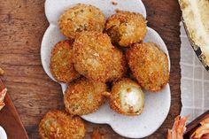 Crumbed stuffed olives - This easy dish is a delicious to feed your family or guests before you serve up the main meal. Tapas Recipes, Appetizer Recipes, Cooking Recipes, Recipies, Dinner Recipes, Party Food Nibbles, State Fair Food, Olive Recipes, Party Finger Foods