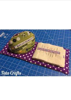 Conjunto costuril. Guarda dedales y libro guarda agujas   Tata Crafts