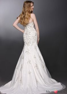 Gorgeous Strapless Sweetheart Lace Trumpet/Mermaid Lace Wedding Dress