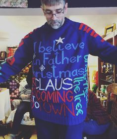 Still cannot get over this incredible jumper! Ok strictly not #fairislefriday but this colourwork is amazing. All charted out and expertly knitted by this dude. yes! Our Knitting Knights are super duper talented.  // #alterknituniverse #aucustomermakes #littleskeinsofcolours #auchristmastime #colourwork #christmassweater #uglychristmassweater #amazing //