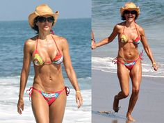 Lisa Rinna from Real Housewives of Beverly Hills beauty secrets! Her signature hairstyle, Lisa Rinna's lips expalined, her favorite lipstick and more. Lisa Rinna Wig, Lisa Rinna Husband, Denise Richards Bikini, Priscilla Barnes, Kyle Richards, Beauty Secrets, Beauty Tips, Raquel Welch, Girl Celebrities