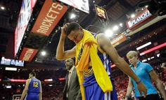 Golden State Warriors' Stephen Curry heads off the court and to the locker room at the start of the second half in Game 4 of a first-round NBA basketball playoff series against the Houston Rockets, Sunday, April 24, 2016, in Houston. Curry was injured at the end of the first half. (AP Photo/David J. Phillip)
