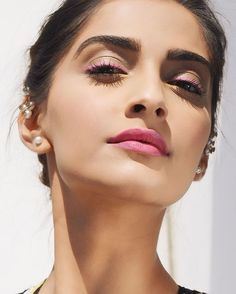 Want similar pink lipstick that Sonam Kapoor is wearing - 22029 - SeenIt Indian Celebrities, Bollywood Celebrities, Bollywood Fashion, Bollywood Actress, Bollywood Makeup, Bollywood Style, Sonam Kapoor, Deepika Padukone, Insta Makeup