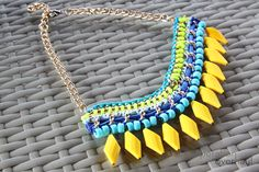 http://www.operationoverhaul.com/2012/08/zara-inspired-necklace-diy/