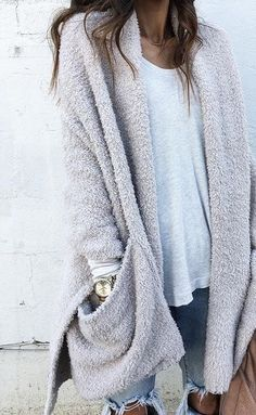 Unravel Casual Fall Outfit inspirations (but stylish) design and style women will certainly be wearing around right now. casual fall outfits for women Cardigan Outfits, Casual Outfits, Gray Cardigan, Oversized Cardigan Outfit, Work Outfits, Grey Sweater, Sweater Weather Outfits, Sweater Cardigan, Comfy Fall Outfits