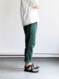 ohh! nisica イージーパンツ -LINEN Japan Fashion, Look Fashion, Mens Fashion, Japan Style, Photography Ideas, Tokyo, Normcore, Street Style, Summer