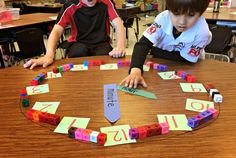 Teaching Time Freebies! Clock and telling time 2nd grade