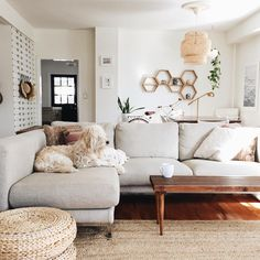 Neat and cozy living room ideas for small apartment 45 light gray couch, Cozy Living Rooms, Home Living Room, Apartment Living, Living Room Designs, Living Room Decor, Living Spaces, Small Living, Modern Living, Bedroom Apartment