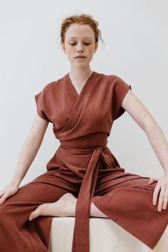 This jumpsuit looks so comfortable, plus the color is everything 👌 Look Fashion, Trendy Fashion, Fashion Outfits, Womens Fashion, Fashion Tips, Fashion Trends, Ladies Fashion, 20s Fashion, Trendy Style