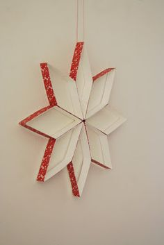 Milk carton star, nicer decoration than the toilet paper roll designs. Christmas Paper Crafts, Christmas Star, Christmas Decorations, Christmas Ornaments, Holiday Decor, Milk Carton Crafts, Christmas Program, Stars Craft, Toilet Paper Roll Crafts