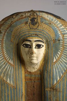 Wooden mummy mask of Egyptian Queen.New Kingdom, Dynasty XVlll. Egyptian Queen, Ancient Egyptian Art, Ancient Aliens, Ancient History, Egypt Mummy, Visit Egypt, Chef D Oeuvre, Ancient Artifacts, Ancient Civilizations