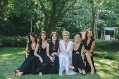 #bride #bridesmaids #white #black #weddings #bouquet #entourage #gown #dress #smiling #outdoors #mangostudios Photography by Mango Studios