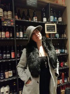 La couseuse de trucs: Stylée en 1920 pour une soirée Peaky Blinders Peaky Blinders, Magnesium, Fur Coat, Winter Hats, Dire, Oui, Blog, Fashion, Charleston Dress