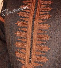 No photo description available. Batik Fashion, Abaya Fashion, Modest Fashion, African Clothing For Men, African Men Fashion, Beaded Embroidery, Embroidery Designs, Morrocan Kaftan, Senegalese Styles