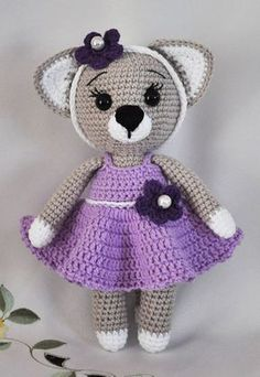 Free Lady Cat pattern #crochet #amigurumi