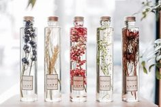 Would love to do this with lavender fern leaves baby's breath. So pretty crisp and clean. Home Spray, Bottle Packaging, Natural Baby, Green Flowers, Flower Plants, Bottle Design, Diy Beauty, Packaging Design, Diy And Crafts