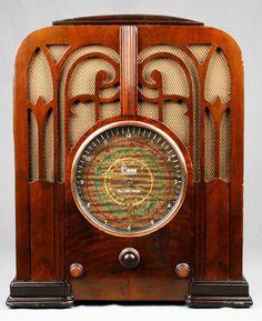 1935 Imperial Case Wood Tombstone Vacuum Tube Radio L K | eBay