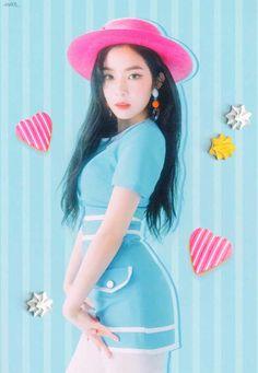 Red Velvet Jar Booklet Scan Part 1 Kpop Girl Groups, Korean Girl Groups, Kpop Girls, Red Velvet Joy, Red Velvet Irene, Velvet Style, Seulgi, Asian Music Awards, Red Velvet Photoshoot