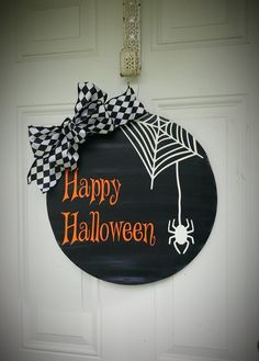 CIY: Crate and Barrel Inspired Mirror - Happiness is...Creating Halloween Porch Decorations, Halloween Party Decor, Fall Halloween, Halloween Crafts, Halloween Wood Signs, Halloween Door Hangers, Happy Halloween Sign, Moldes Halloween, Adornos Halloween