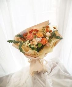 #FloralWhite is a Calamvale based local #flowershop offering next day #flowerdelivery across #Brisbane. We deliver #freshest #flowers with the utmost care. Beautiful Bouquet Of Flowers, Amazing Flowers, White Flowers, Best Flower Delivery, Flower Subscription, Flowers Today, Popular Flowers, Flower Studio, Vase Arrangements
