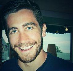 Jake Gyllenhaal....just so good looking