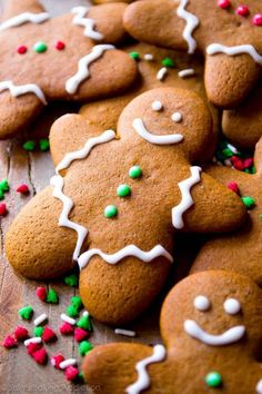 This is the best recipe for gingerbread men! Easy to mix together, taste unbelie. This is the best recipe for gingerbread men! Easy to mix together, taste unbelievable, and fun to decorate! Gingerbread cookie recipe on sallysbakingaddic. Best Gingerbread Cookies, Holiday Cookies, Holiday Desserts, Holiday Baking, Holiday Treats, Recipe For Gingerbread Cookies, Decorating Gingerbread Cookies, Gingerbread Men Recipe Without Molasses, Icing For Gingerbread Men