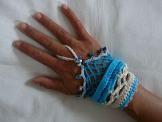 crocheted one hand bracelet. sodalite chunky beads for deco with some high quality cotton.