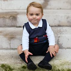 Prince George in official Christmas photos released from the palace