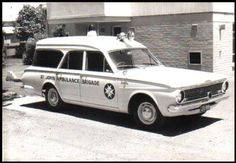 Valiant To The rescue! Old Trucks, Fire Trucks, Chrysler Valiant, Aussie Muscle Cars, Flower Car, Australian Cars, Chrysler Cars, Rescue Vehicles, Emergency Vehicles