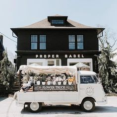 Amelia's Flowers - Nashville Flower Truck and Flower Shop Flower Truck, Flower Cart, Foodtrucks Ideas, Flower Shop Design, Nashville Trip, Flower Aesthetic, Spring Aesthetic, Farm Stand, Flower Stands