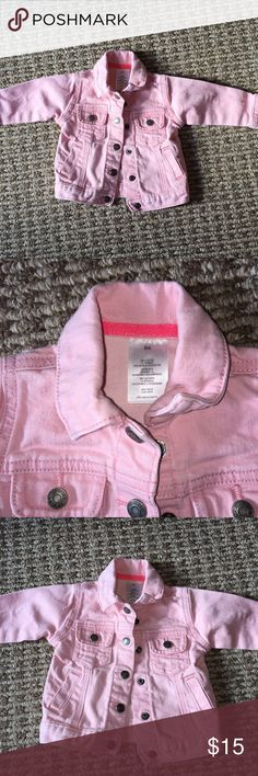 Carter's Pink Denim Jacket - 6M Carter's Pink Denim Jacket. The buttons are snaps. My kid wore this until 8 months. So cute, so many compliments. Carter's Jackets & Coats Jean Jackets