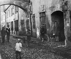 R. Vishniac. Vilna 1930
