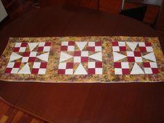 Camino de mesa, técnica patchwork.