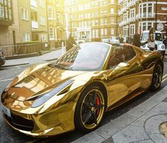 Although Ferraris are quite noticeable cars as it is, this Gold Ferrari 458 Spider is a variation on the classic that stands out even among its own kind....