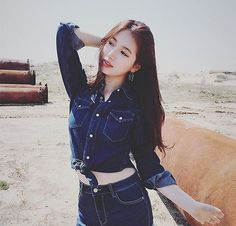 Suzy (수지) is a South Korean actress and solo singer under Management SOOP. Suzy debuted as a member of MissA in March 2010 under JY. Bae Suzy, Beautiful Girl Image, Beautiful Asian Girls, Korean Actresses, Korean Actors, Korean Idols, Miss A Suzy, Double Denim, Kdrama Actors