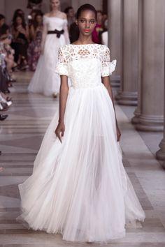 "f8bcbe11a83b4 skaodi  "" Tami Williams at Carolina Herrera Spring 2017. New York Fashion  Week."
