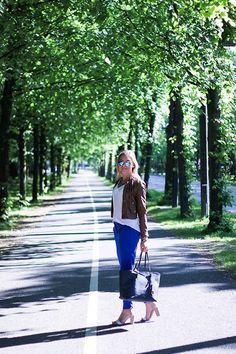 """BLUE SHADES"" Isabel Aldén - Zara Shirt, H&M Pants, Zara Sandals, Michael Kors Bag, Ray Ban Sunglasses -"