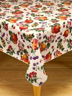 Superbe Oilcloth Tablecloths