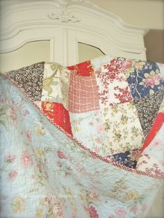 5 PC Shabby Country Patchwork Chic King Quilt King Shams & Toss Pillow Set New