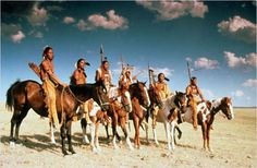 Danse avec les loups - Dances with wolves - 1990 - Kevin Costner - Page 4 - Western Movies - Saloon Forum Native American Cherokee, Native American Warrior, Native American Images, Native American Artifacts, Native American Indians, Kevin Costner, Wolf Movie, Dances With Wolves, Warrior Spirit
