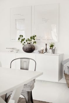 IKEA Besta, mounted on wall gives such a clean, minimalist look // Floating white credenza; Estilo Interior, Interior Styling, Interior Decorating, Interior Modern, Decorating Ideas, Nordic Interior, Modern Luxury, Room Inspiration, Interior Inspiration