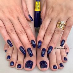 Image may contain: one or more people Pretty Toe Nails, Cute Toe Nails, My Nails, Fancy Nails Designs, Dark Nail Designs, Manicure Y Pedicure, Feet Nails, Girls Nails, Classy Nails