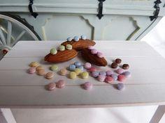 1Beutel mit Macarons im Maßstab 1:12Inhalt: 10 Stück der gewählten Farbe