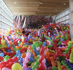 Squiggly Balloon Installation by Choi Jeong Hwa | 22 Dreamy Art Installations You Want To Live In