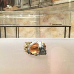 Pensieri preziosi 13. #art #contemporaryart #contemporary #jewelry #ring #piergiulianoreveane #shotoniphone #igersitalia #igersveneto #igerspadova