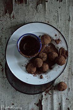 Trufle mocno czekoladowe z brandy #brandy #belizza #brandybelizza
