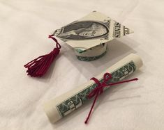 Money Bouquet Discover Handmade Origami Dollar MoneyGraduation Cap and Diploma Origami Letter, Origami Star Box, Origami Rose, Oragami, Origami Folding, Dollar Origami, Money Origami, Money Lei, Origami Paper