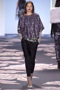 Vera Wang Fall 2013 Ready-to-Wear Fashion Show - Yumi Lambert