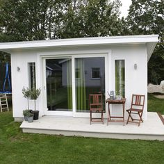 Backyard Guest Houses, Backyard Office, Backyard House, Backyard Studio, Backyard Sheds, Pool Houses, Garden Sheds, Minimal House Design, Minimal Home